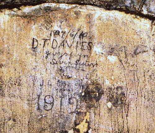 Inscription in DYO River Cave. Photo: PIWH